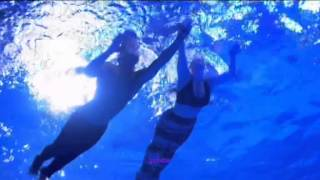 Girls Aloud - Untouchable played with Tom Daley and Mermaids on Splash