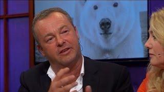 Oog in oog met een ijsbeer voor de perfecte foto - RTL LATE NIGHT