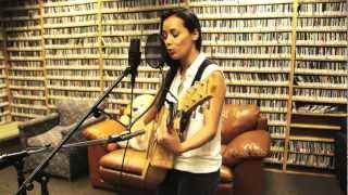 Leilani Wolfgramm - Rewind (Live! on WPRK