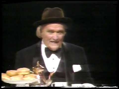 Comedy - 1981 - Red Skelton Live - A Verba-Mime On How To Dunk Donuts