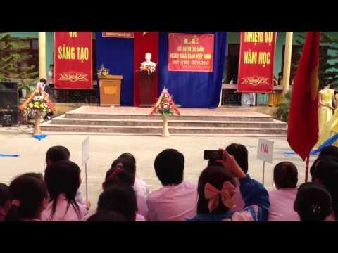 [Chào mừng 20-11] Múa lụa - 11A2 Trần Quốc Tuấn