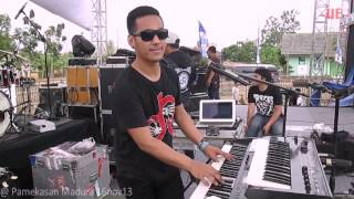 Download lagu Five Minutes medley, checksound @ Madura 16nov13