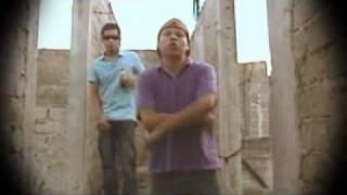 Download Wonder vs Cake - Simplemente Lo Del Barrio - ( CLIP OFICIAL) MP3 song and Music Video