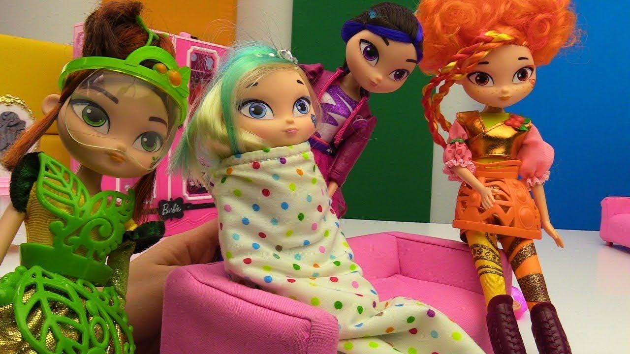Куклы Сказочный Патруль — Снежка простудилась - YouTube