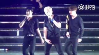 Video [FANCAM] [160702] BTS concert in Nanjing - fun boys download MP3, 3GP, MP4, WEBM, AVI, FLV Januari 2018