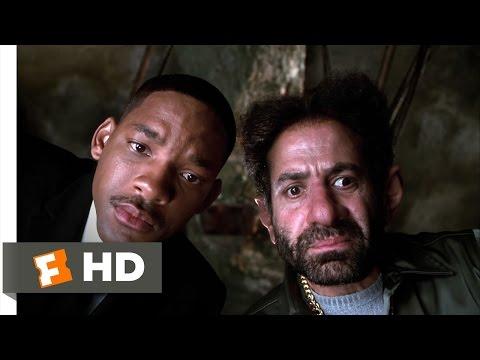 Men in Black II - Jeebs' De-Neuralyzer Scene (4/10) | Movieclips