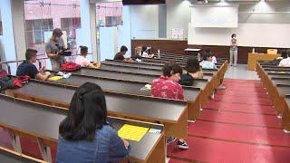 Estudiantes de Cataluña, Galicia y la Comunidad Valenciana comienzan la EvAU