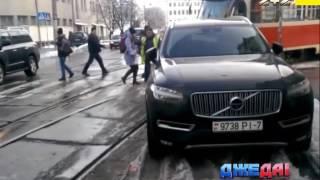 видео Нелегальная киевская автостоянка