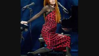 Tori Amos - Welcome To England (Live & Solo - London, England)