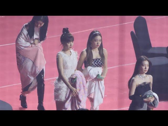 200130 레드벨벳(Red Velvet) 가수석입장,김재환본상수상 축하 [4K] 직캠 by Mera