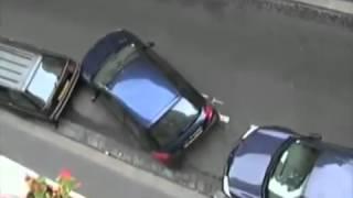 НЕВЕРОЯТНАЯ парковка девушкой автомобиля