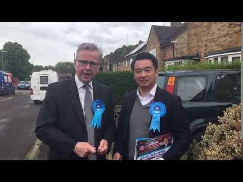 Michael Gove and Alan Mak campaign together in Leigh Park