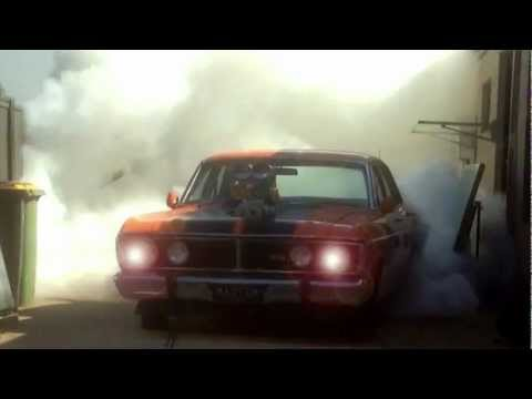 Crazy Falcon GT Burnout