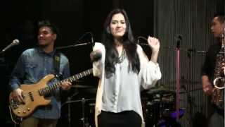 Raisa with BLP - Could It Be @ Mostly Jazz 12/07/12 [HD]