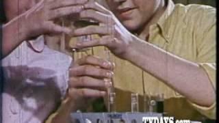 AC GILBERT ERECTOR SETS 1960