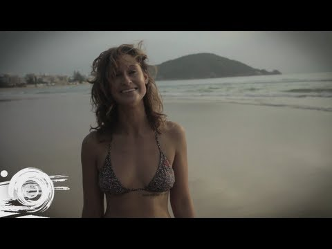 Longboard Surfing in China - Swatch Girls Pro China 2012
