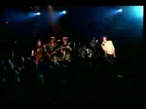 Lannigan's Ball - Jump, Little Children live at the Music Fa