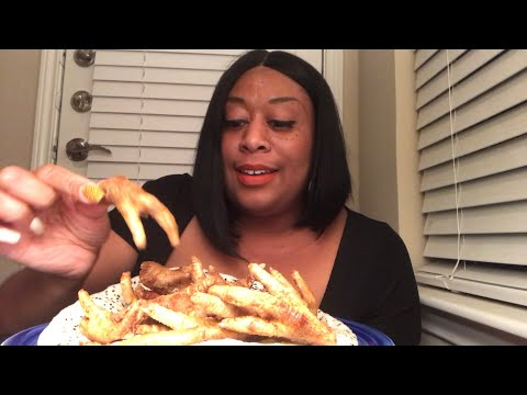 Eating Fried Chicken Feet for the First time
