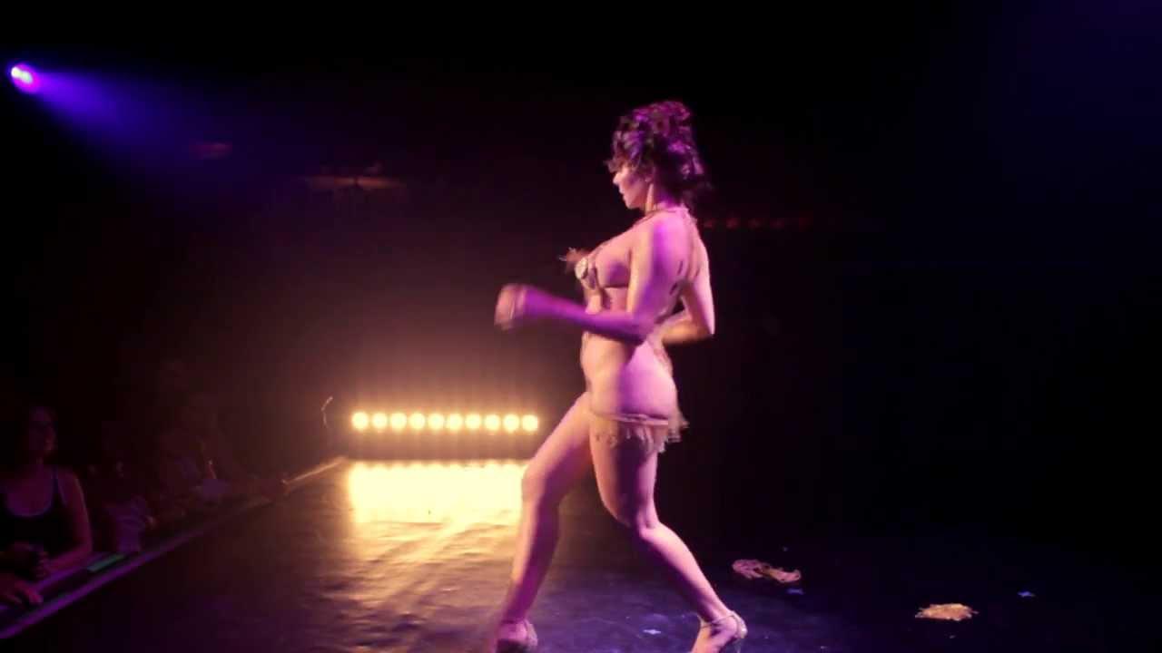 nude little girl cheerleader