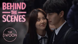 Behind the ScenesKim So-hyun and Song Kang prepare for their first kiss scene Love AlarmENG SUB