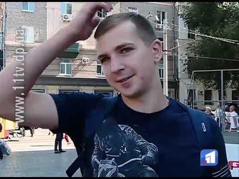 Новости 11 канал: Прибрати карусель та повернути центральній площі міста фонтан