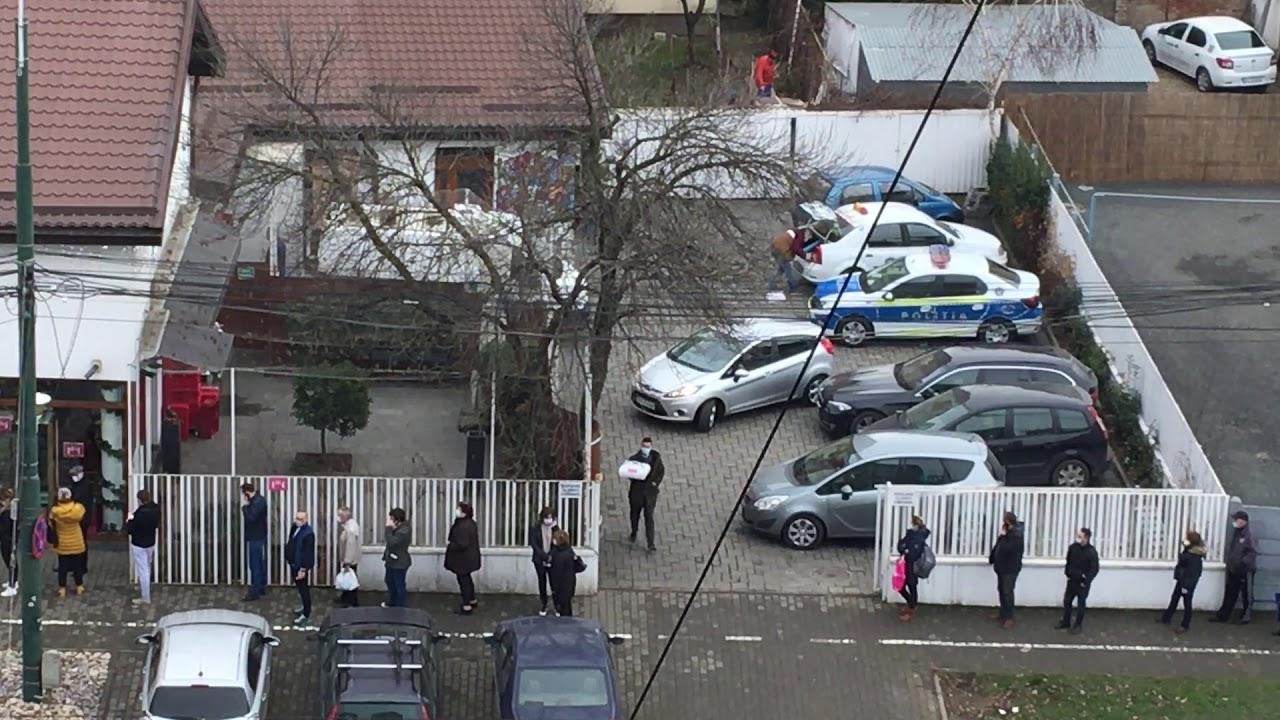 Poliţia a venit cu autospeciala după prăjituri - Curaj.TV