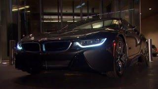 BMW i8 ミラーレス:動画で見るBMWの最新カーテクノロジー