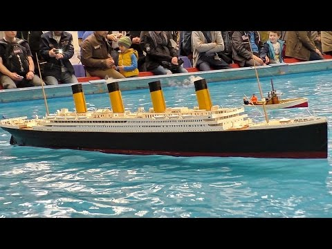 GIGANTIC RC TITANIC SCALE MODEL SHIP ON THE POOL / Intermodellbau Dortmund 2016