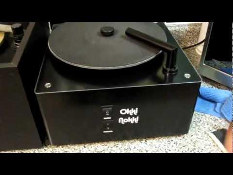 Record Cleaning Machines: Okki Nokki vs. VPI 16.5 - A Comparison