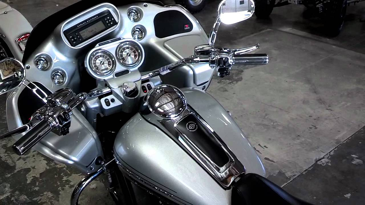 2009 CVO SCREAMIN EAGLE Road Glide Dragonfly - YouTube