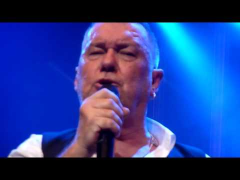 Hey Jude (The Beatles) - Jimmy Barnes - Enmore Theatre - 27-8-2016