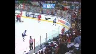 David Moravec - Gold medal goal against Finland (2001 World Championships final)