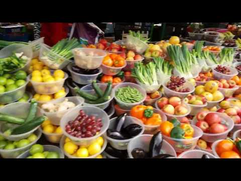 A Brief Tour of Birmingham Outdoor Fruit & Veg Market, UK - Steven Heap