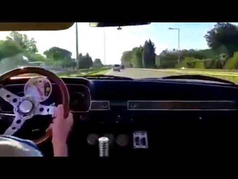 FORD FALCON JUBILADOS: El piloto de 82, y la copiloto 83 años de edad