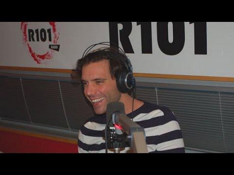 """Mika - Interview Italie radio """"R101"""" - Novembre 2015"""