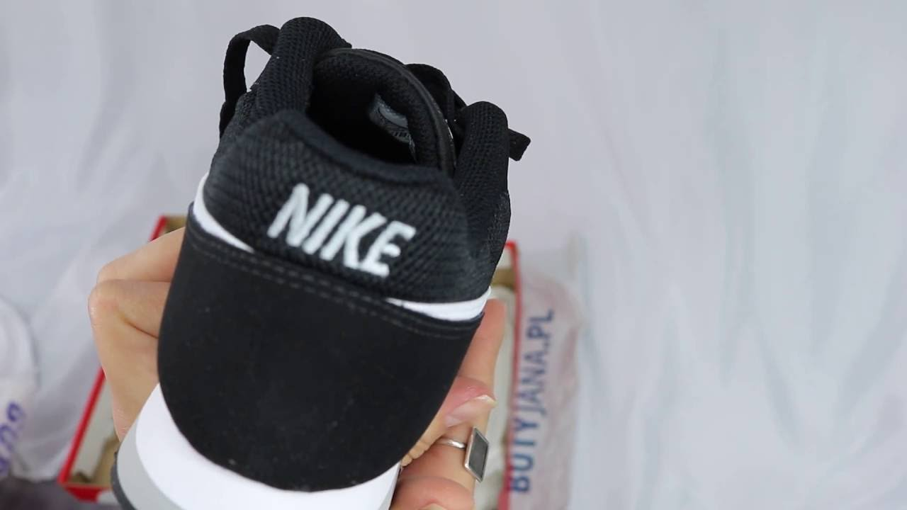 31e0e73d2fc00 Unboxing Nike Md Runner 2 Gs 807316-001 Black   White - Wolf Grey ...