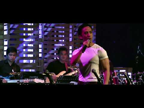 Felix Rivera - Let It Go (from Frozen) Live at Stages Sessions' Best Seat