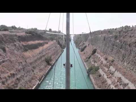 Passage du canal de Corinthe - Tara Méditerranée 2014