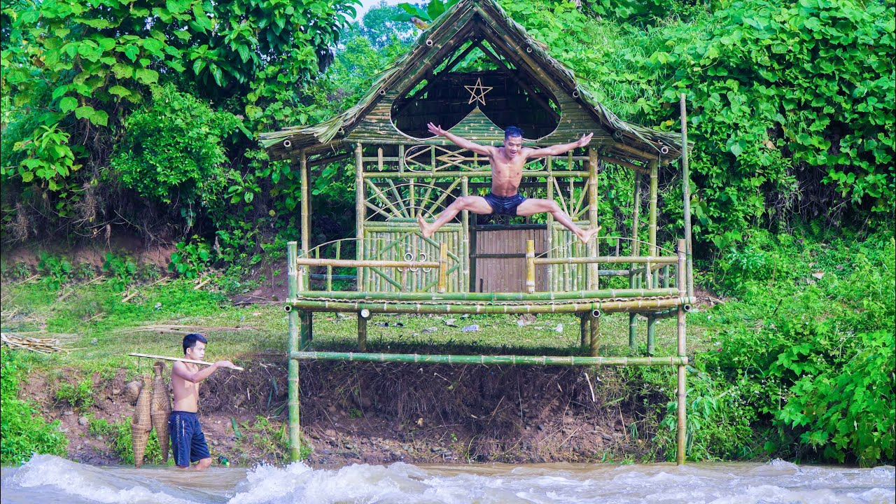 Build Bamboo House On Fierce Waterfall To Catch Fish To Survival