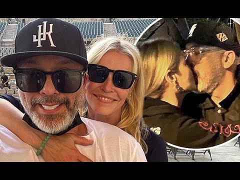 Chelsea Handler and Jo Koy are Instagram official - CNN