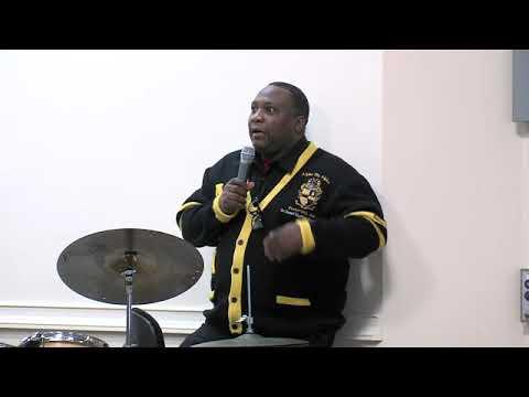 Allyn Johnson & Meet The Artist On The Bandstand—Howard