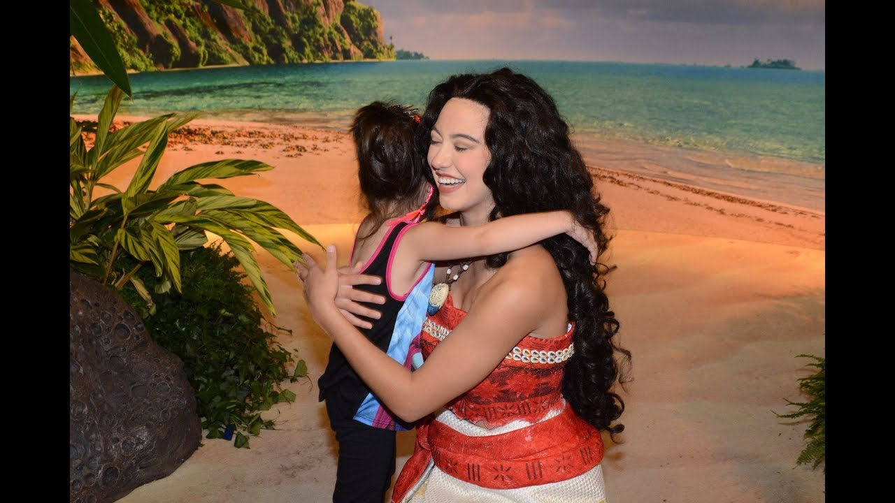 Moana Meet Greet At Hollywood Studios Disney World She Taught Luna