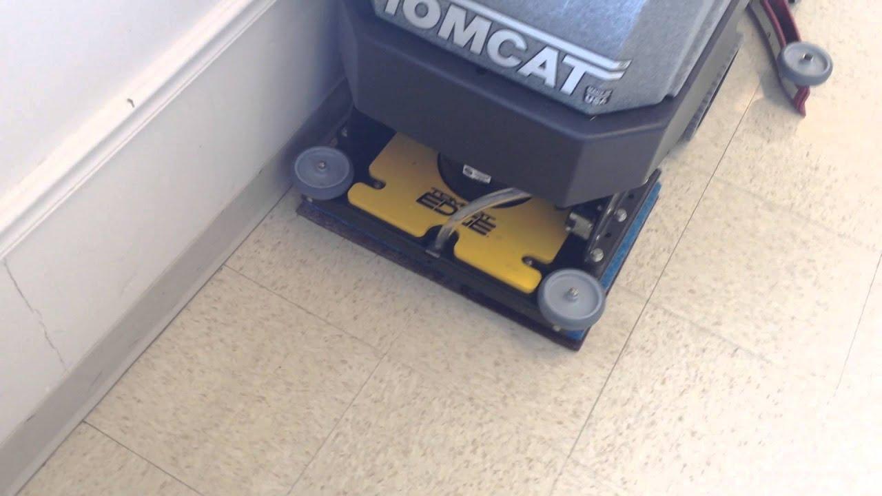 """tomcat edge 20"""" minimag auto floor scrubber - chemical free floor"""
