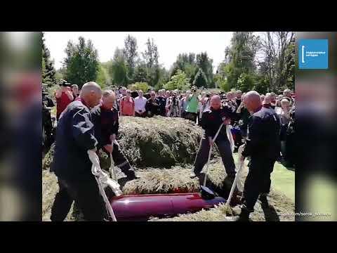 Более 200 человек простились с Никитой Белянкиным, погибшим в Путилково