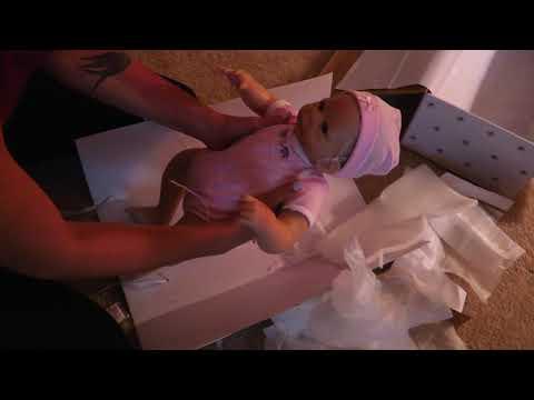 Unboxing Ashton Drake's Little Peanut