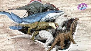 Colossal Box of 80 Jurassic World Dinosaurs, Animals & Sea Animals Toys