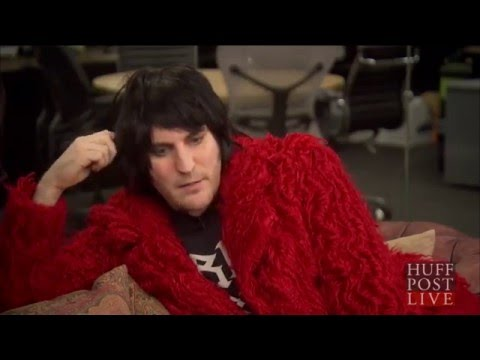 Noel Fielding with Huffington Post