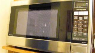A New Panasonic 1.2cu NN-SA651S Microwave Oven Which is Really Loud and Noisy!