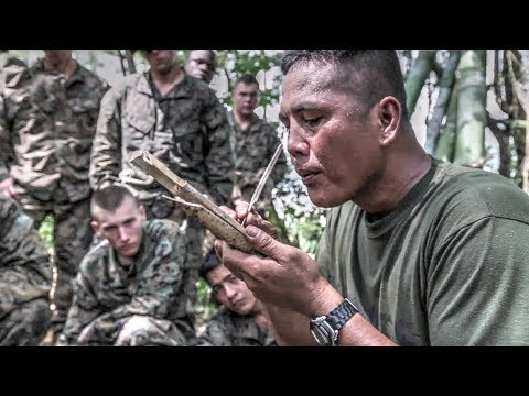 US Marines Learn Jungle Survival Skills From Philippine Mari