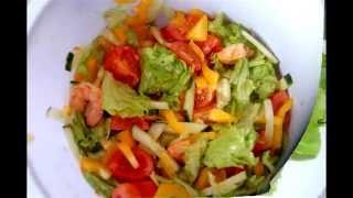 Салат с креветками. Рецепт салата с креветками и помидорами.